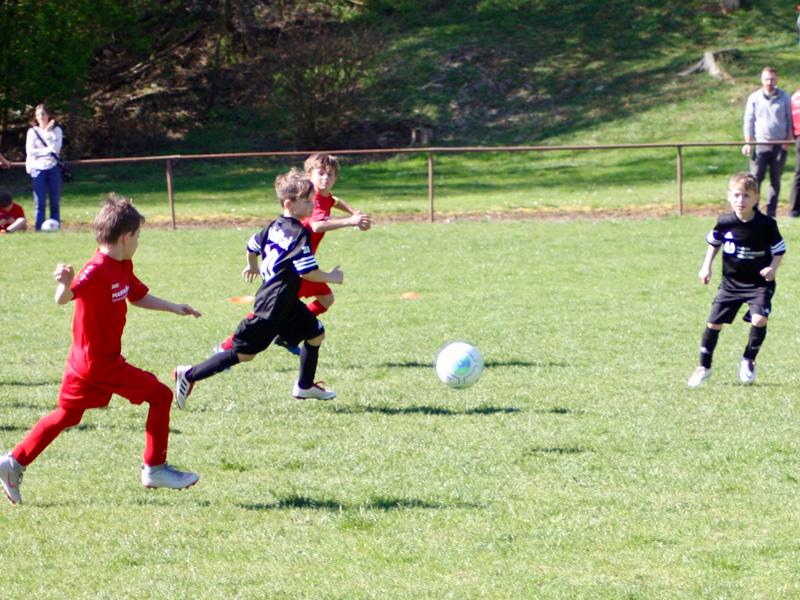 Saisonauftakt für die Kickers Kids