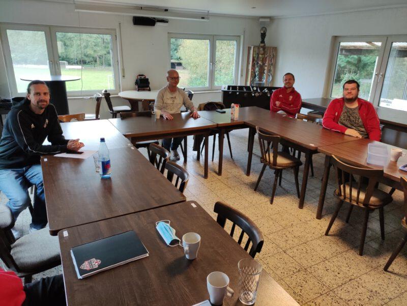 Kickers im Dialog mit Bürgermeisterkandidaten/in